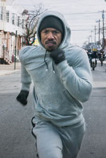 Creed – Rocky's Legacy – Ein letzter Sprint – Adonis Johnson – Jogginghose