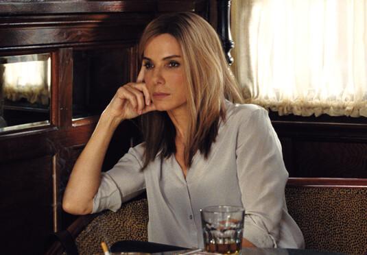 Die Wahlkämpferin – Schwierige Beziehung – Jane Bodine – Bluse