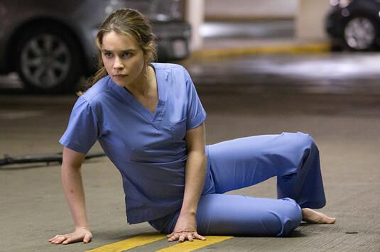 Terminator: Genisys – Krankenhauskluft – Sarah Connor – OP-Shirt