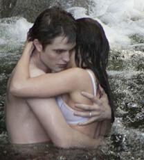 Breaking Dawn – Bis(s) zum Ende der Nacht (Teil 1) – Baden auf Esmes Insel – Bella Swan – Bikini