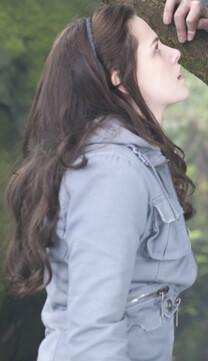 Twilight – Bis(s) zum Morgengrauen – Anziehungskraft – Bella Swan – Jacke