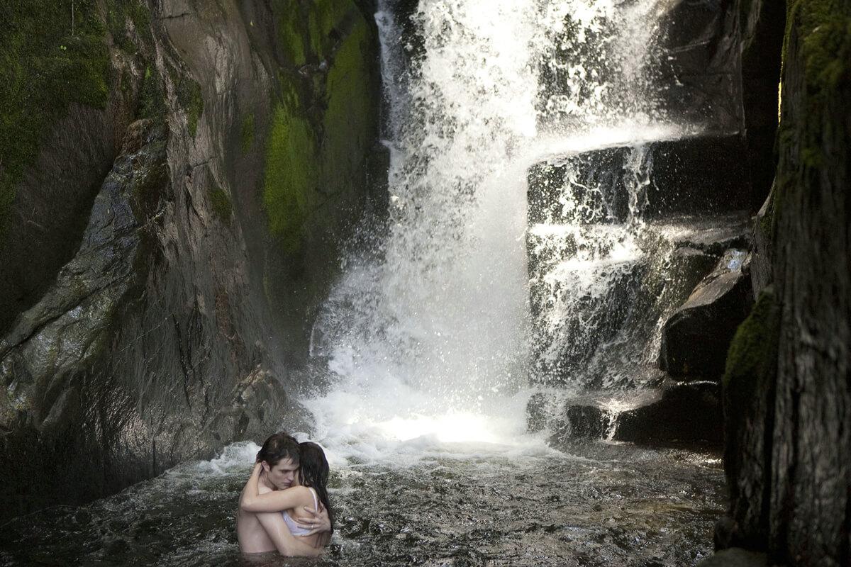 Breaking Dawn (Teil 1) – Baden auf Esmes Insel