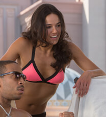 Fast & Furious 7 – Chill-Out Area – Letty Ortiz – Bikini