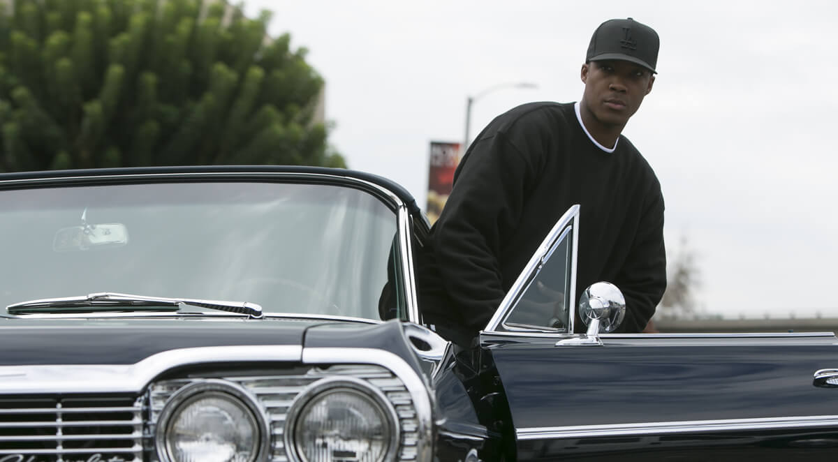 Straight Outta Compton – Tuxedo Black – Dr. Dre – Auto