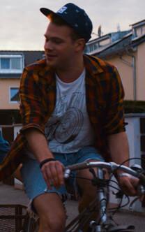 Nirgendwo – Die Jungs – Tom – Hemd