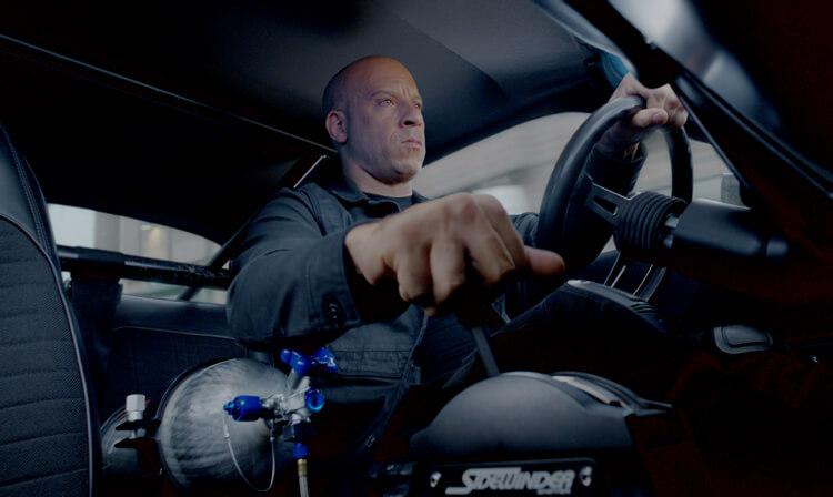 Fast & Furious 8 – Highspeed-Verfolgungsjagd