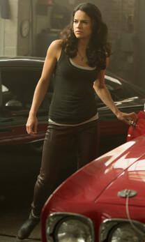Fast & Furious 8 – Aufbruchstimmung – Letty Ortiz – Top