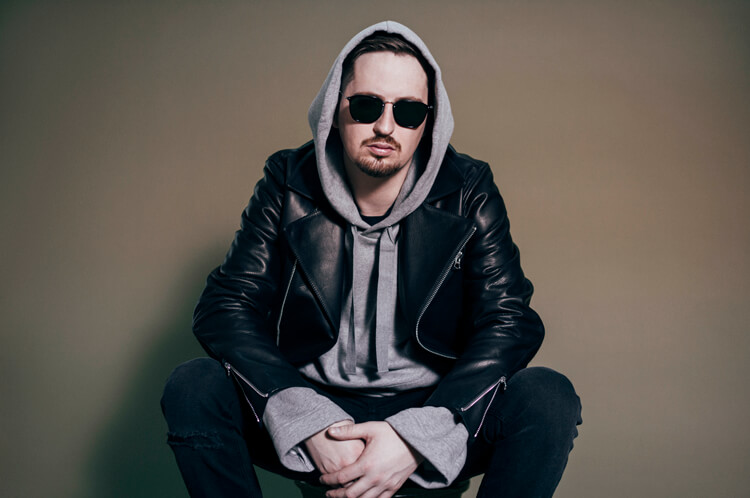 Robin Schulz – Uncovered – Cooler Look