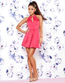 Ariana Grande – Fotoshooting für Lipsy – Arianas erste Kollektion – Ariana Grande – Armband