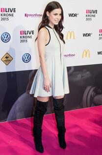 Lena Meyer-Landrut bei der Verleihung der 1LIVE Krone – Lena ist Beste Künstlerin 2015 – Lena Meyer-Landrut – Goldener Ring